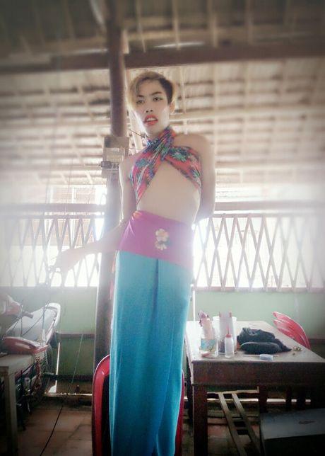 Tung Son, phien ban 2 cua Le Roi: Su gan do cua mang xa hoi - Anh 2