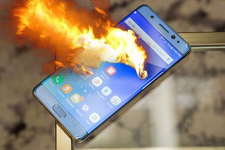 Galaxy S8 khong co nut Home, may anh kep, tuy chon chip - Anh 2