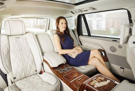 Can canh Range Rover Autobiography ban do mot chiec duy nhat tren the gioi - Anh 3