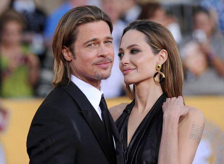 Angelina doa kien blogger noi tieng vi dua tin xung quanh vu ly di - Anh 3