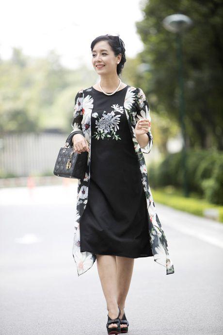 """Nghe sy Chieu Xuan """"mach"""" ban cach chon qua 20/10 - Anh 5"""