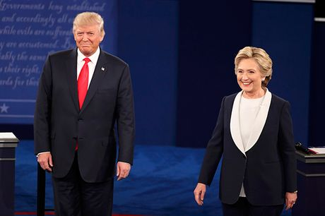Cuoc tranh luan thu 2 giua Clinton va Trump: Tranh cai via he - Anh 1
