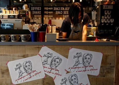 Quan ban banh mi kep ''vi'' Donald Trump va Hilary Clinton - Anh 6