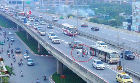 Duong Vanh dai 3 tren cao: Cao toc nhu...duong lang - Anh 1