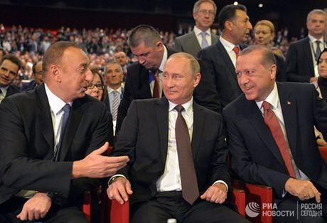 Putin toi Istanbul that chat quan he Nga - Tho - Anh 1