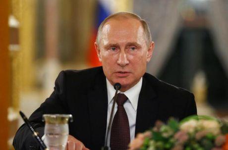 Bat ngo ve ly do Putin huy tham Phap - Anh 1