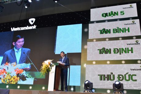 Vietcombank to chuc Le ky niem 10 nam thanh lap 8 chi nhanh tai TP.HCM - Anh 2