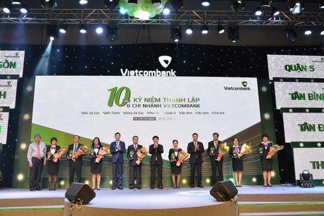 Vietcombank to chuc Le ky niem 10 nam thanh lap 8 chi nhanh tai TP.HCM - Anh 3