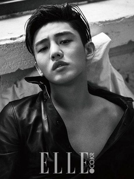 Hai my nam Kang Dong Won va Yoo Ah In 'song kiem hop bich' trong phim moi - Anh 5