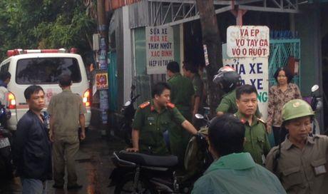 TP HCM: Binh chua chay phat no, 1 nguoi tu vong - Anh 2