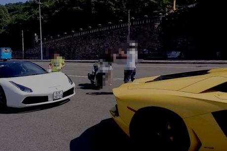 Cuong 'Do la' cam lai Ferrari 488GTB cung bo doi Lamboghini Aventador dao pho - Anh 4