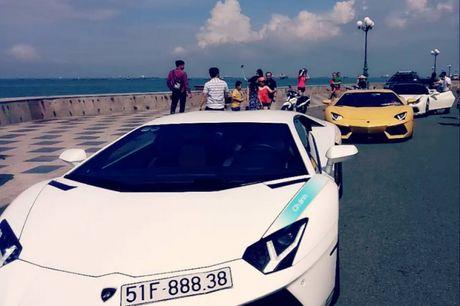 Cuong 'Do la' cam lai Ferrari 488GTB cung bo doi Lamboghini Aventador dao pho - Anh 7