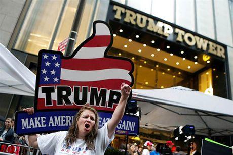 Ngay chu nhat bao to cua Donald Trump - Anh 1