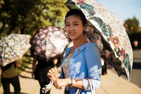 Trong vong 100 nam xu huong make up va lam toc cua phu nu Han Quoc da thay doi nhu the nao? - Anh 13