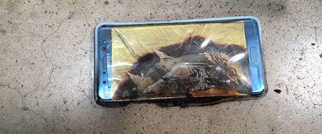 Co phieu Samsung giam manh vi ngung ban Note 7 - Anh 1