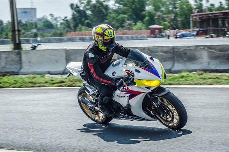 200 VDV tham du Giai dua moto chuyen nghiep nhat Viet Nam - Anh 3