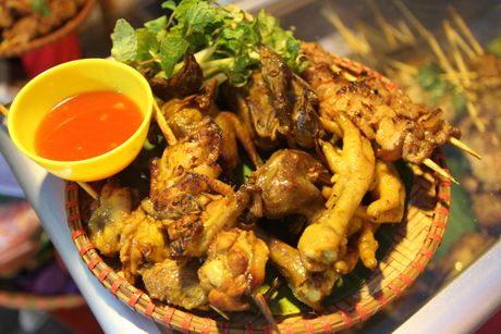 Mon nuong kieu Sa Pa hut khach o Ha Noi - Anh 14