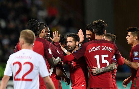 Ronaldo lap cong trong tran Bo Dao Nha thang 6-0 - Anh 6