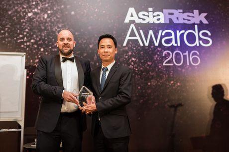 Techcombank duoc vinh danh 'Ngan hang Viet Nam xuat sac cua nam' - Anh 1
