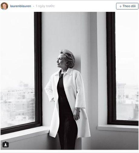 Ba Clinton ngay cang nhan duoc nhieu su ung ho tu dai gia dinh cuu Tong thong George H.W. Bush - Anh 1