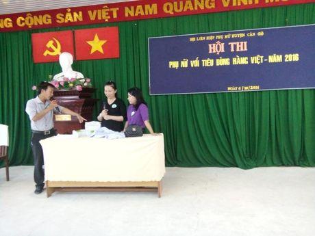 H. Can Gio: Hoi thi 'Phu nu voi tieu dung hang Viet' - Anh 1