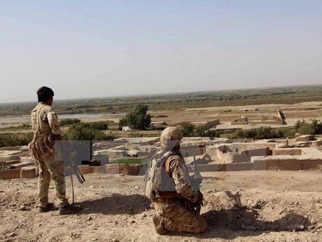 Quan chinh phu Afghanistan danh bat Taliban, gianh lai Kunduz - Anh 1