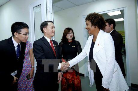 Tong thu ky To chuc quoc te Phap ngu tham bao Le Courrier du Vietnam - Anh 1