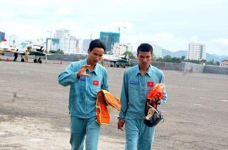 Quy trinh dao tao phi cong quan su Viet Nam - Anh 2