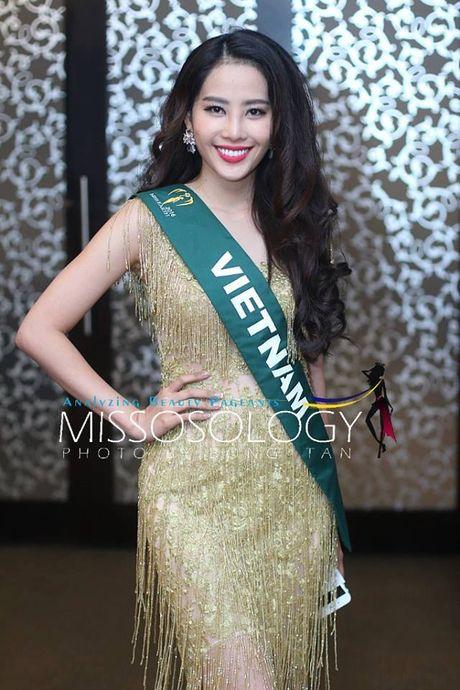Trang phuc giup Nam Em khoe nguc khung tao bao tai Miss Earth 2016 - Anh 4