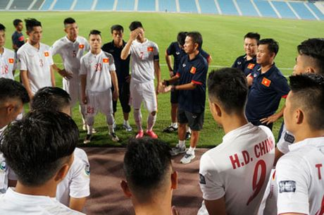 DIEM TIN TOI (12.10): Vo mong World Cup, Thai Lan quyet vo dich AFF Cup - Anh 2
