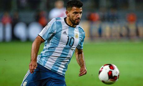 Da hong Penalty, Aguero sap bi loai khoi tuyen Argentina? - Anh 1