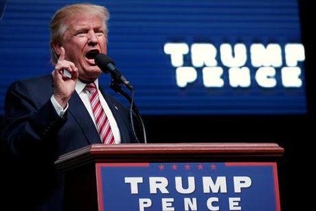 """Ti phu Trump tuyen chien voi """"nguoi nha"""" - Anh 1"""