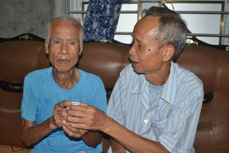 Nhung dieu 'la' ve cap song sinh gan tram tuoi o Hai Duong - Anh 12