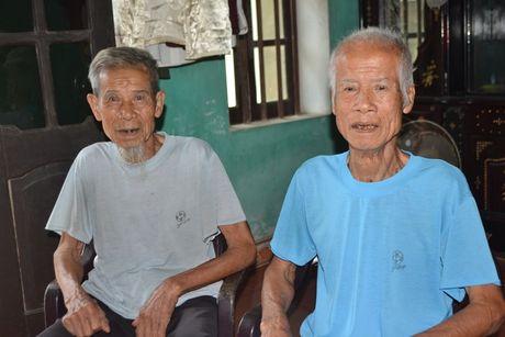 Nhung dieu 'la' ve cap song sinh gan tram tuoi o Hai Duong - Anh 2