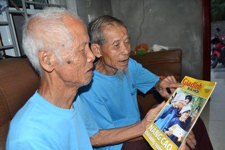 Nhung dieu 'la' ve cap song sinh gan tram tuoi o Hai Duong - Anh 4