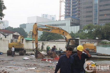 Can canh thuong xa Tax hon 130 tuoi truoc gio dap bo - Anh 8