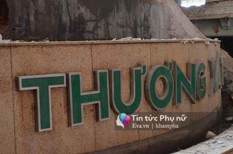 Chum anh ben trong thuong xa Tax truoc gio pha do chinh thuc - Anh 16