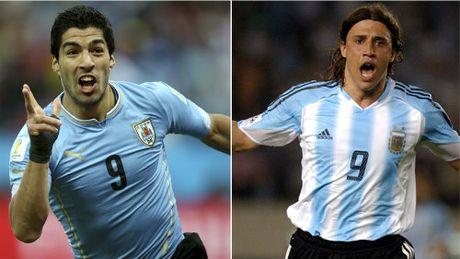 Suarez can bang ki luc cua Crespo o vong loai World Cup - Anh 2