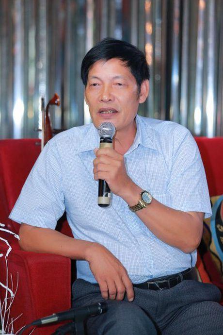 Xa thu Hoang Xuan Vinh xuc dong khi nghe hat ve Hue - Anh 8