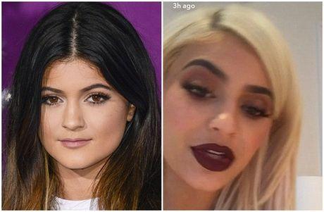 Em gai 19 tuoi cua Kim Kardashian tao bao va nong bong - Anh 2