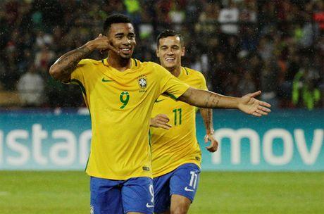 Brazil len ngoi dau, Argentina thua soc - Anh 1