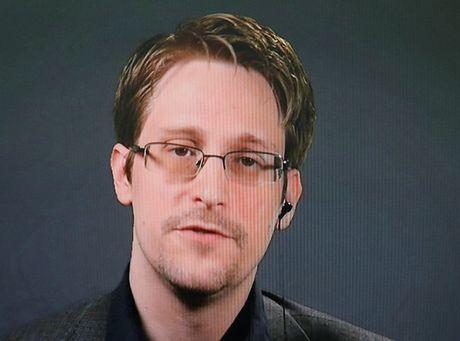 'Dao duc va luat phap' Nga khong cho dan do Edward Snowden ve My - Anh 1