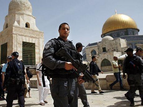 Dung do o Jerusalem, binh si Israel ban chet 1 nguoi Palestine - Anh 1