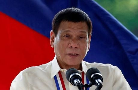 Duterte tham Trung Quoc giua luc My - Philippines cang thang - Anh 1
