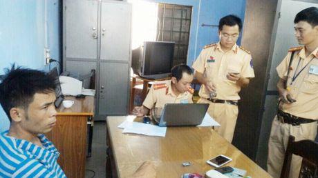 CSGT tinh Thua Thien – Hue quyet liet truy bat ke trom xe SH lien tinh - Anh 1