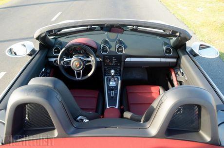 Porsche 718 Boxster - xe the thao kien tao cam xuc - Anh 4