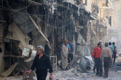 Chien dau co Nga tiep tuc doi bom Aleppo - Anh 1