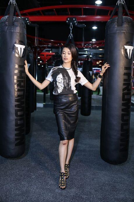 Lan Khue, Truong Ngoc Anh hao huc don huyen thoai UFC sang Viet Nam - Anh 8