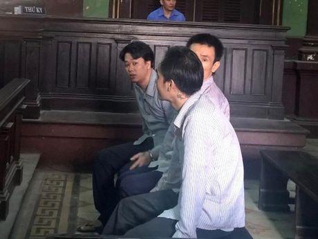 'Dai bang' trai giam lanh an tu - Anh 2