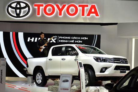 Vios, Altis giup Toyota tang truong ben vung - Anh 1